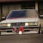 車も正月飾りしてますか?
